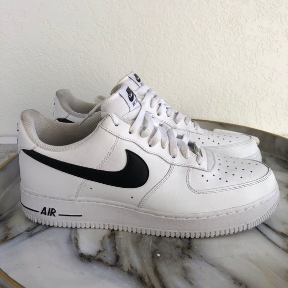 Mens Nike Air Force 1s white with black size 11